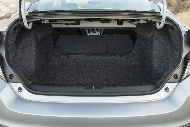 2018 honda civic cargo and passenger space comparison for Honda accord cargo space