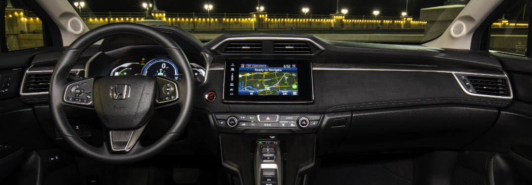 2018 Honda Clarity Plug-in Hybrid dashboard and navigation