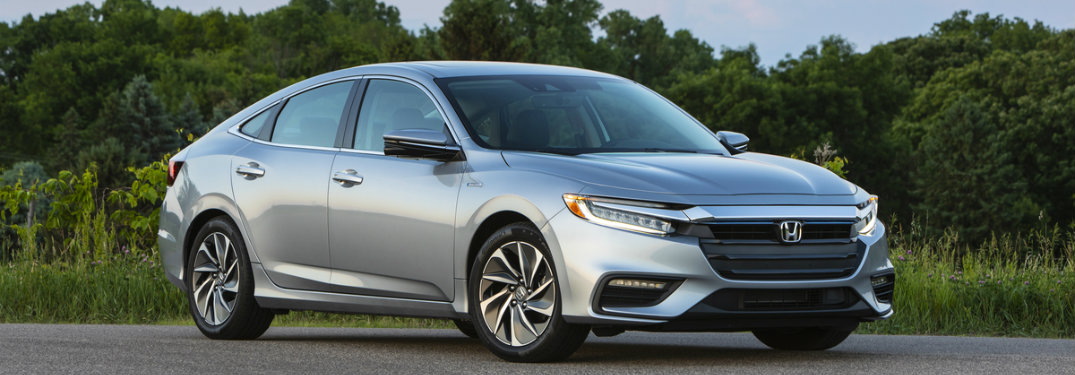 2019 Honda Insight side view image