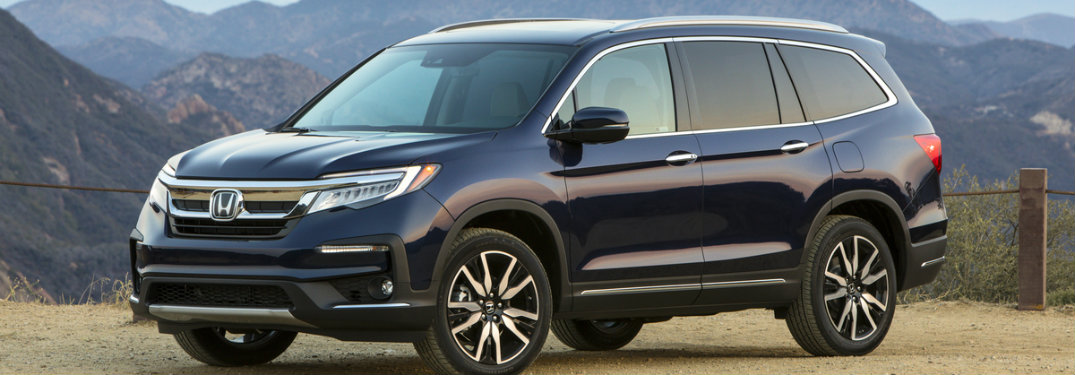 front view of the 2019 Honda Pilot