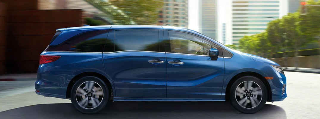 Side view of 2020 Honda Odyssey