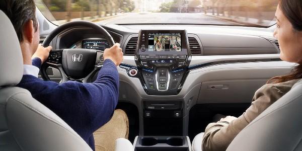 Interior view of 2020 Honda Odyssey