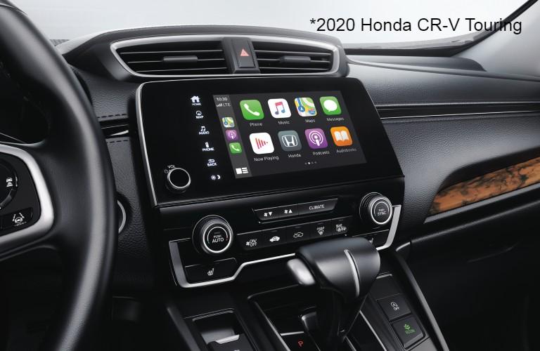 Infotainment center in 2020 Honda CR-V Touring