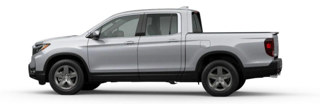 2021 Honda Ridgeline in Lunar Silver Metallic
