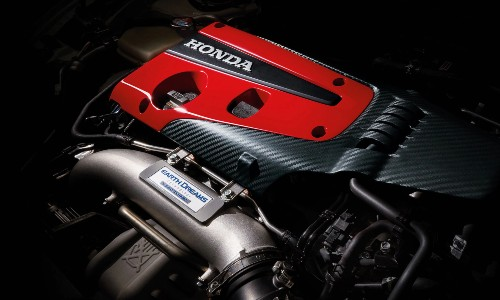 Red and black engine in 2021 Honda Civic Type R