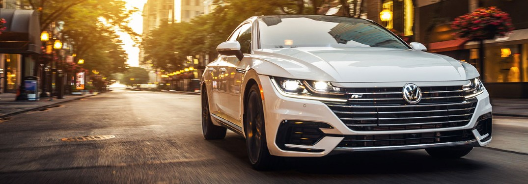 2020 VW Arteon exterior front fascia passenger side on sunlit city street
