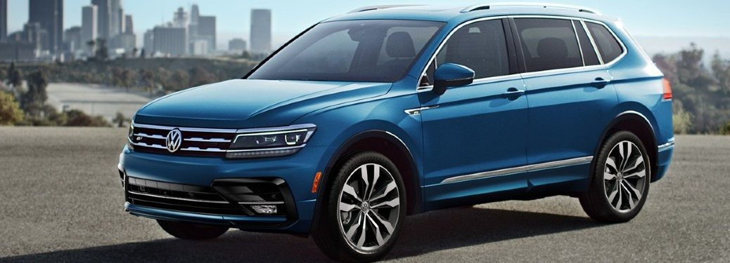 2020 VW Tiguan exterior front fascia driver side in empty city parking lot