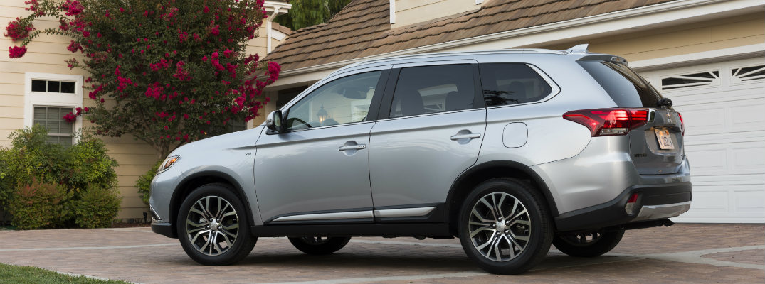 Demonstrations of the Advanced Safety Features in the Mitsubishi Outlander