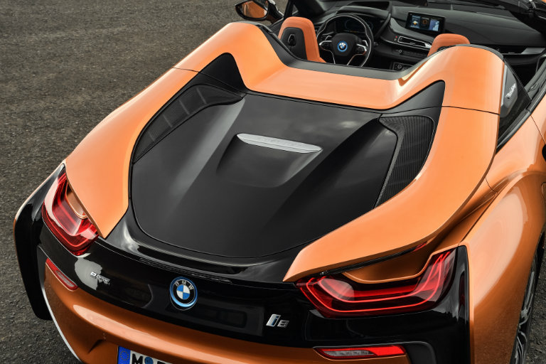 Detail of the 2019 BMW i8's trunk