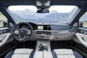 Cabin of the 2019 BMW X7