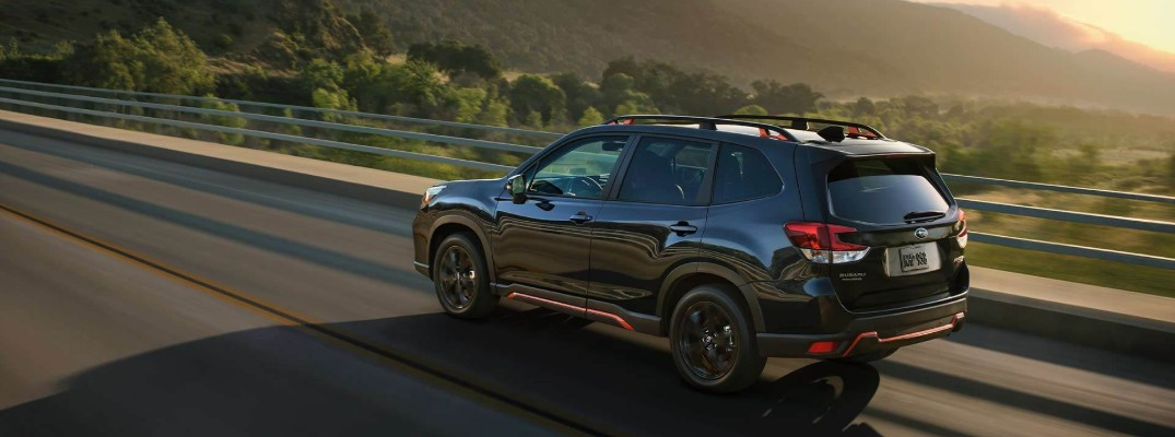 What colors does the 2019 Subaru Forester Sport come in?