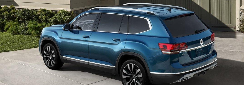2020 Volkswagen Atlas parked in a driveway