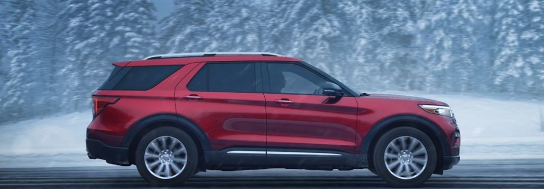 2021 Ford Explorer side view driving