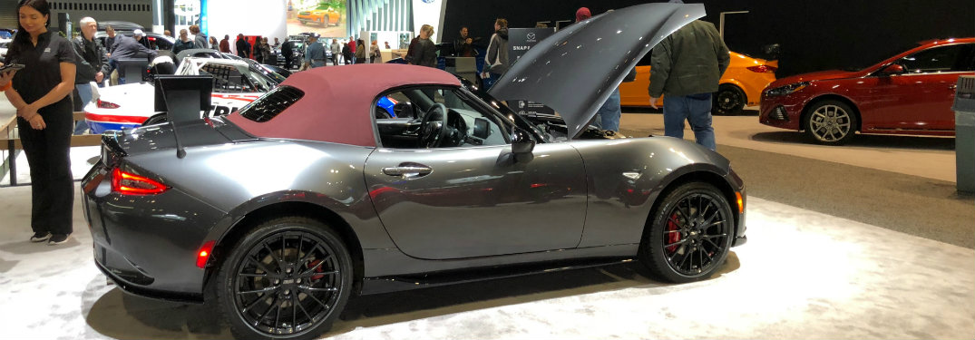 image gallery of the 2018 mazda miata at the chicago auto show. Black Bedroom Furniture Sets. Home Design Ideas