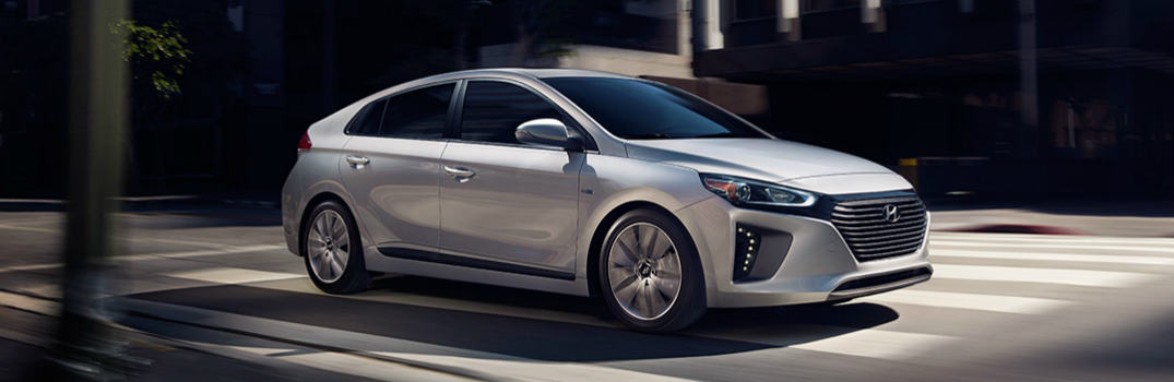 Hyundai Shows Off Eco-Friendly Ioniq Models