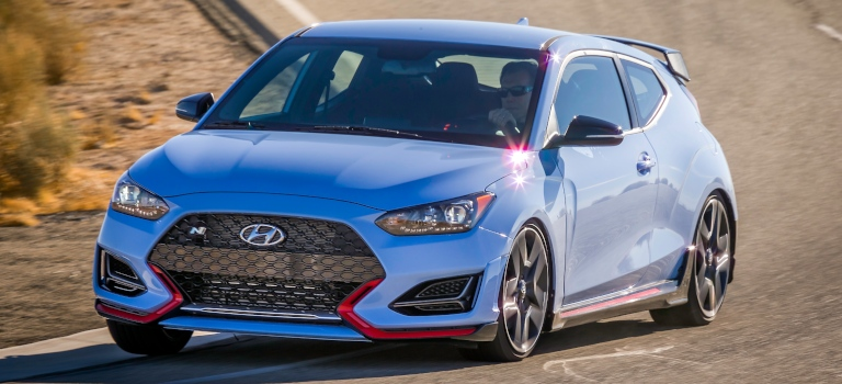 Used Cars Winchester Va >> 2019-Hyundai-Veloster-N-blue-and-red-front-view_o - Apple