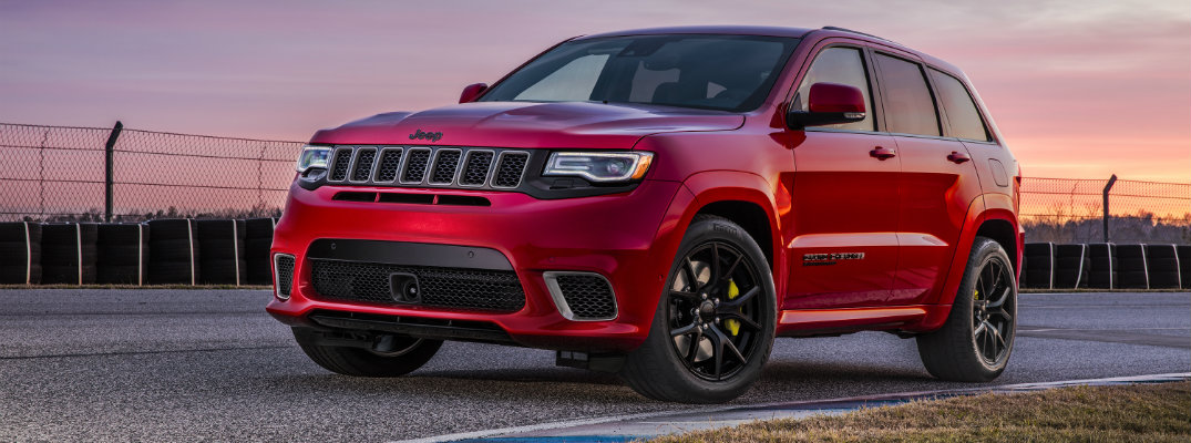2018 jeep cherokee trackhawk new features and specifications. Black Bedroom Furniture Sets. Home Design Ideas