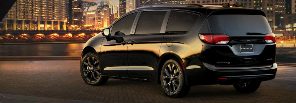 Used Dodge Journey >> What Is Included in the 2018 Chrysler Pacifica S Appearance Package?