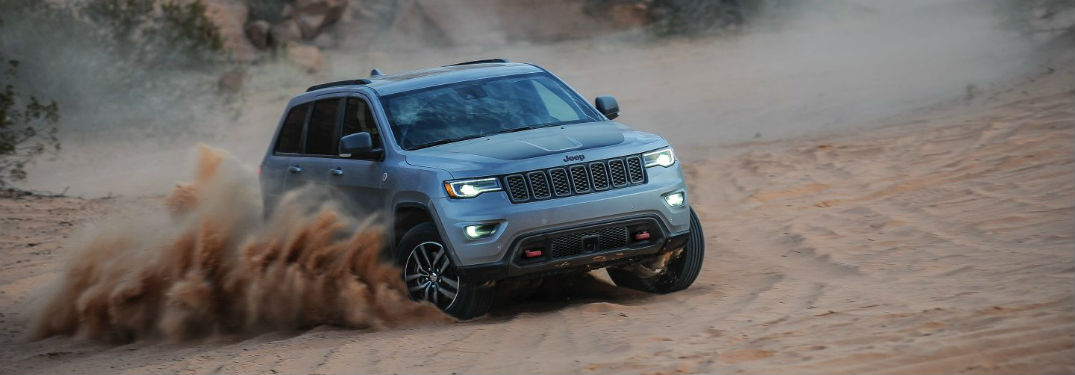 Jeep-Four-Wheel-Drive-System_o