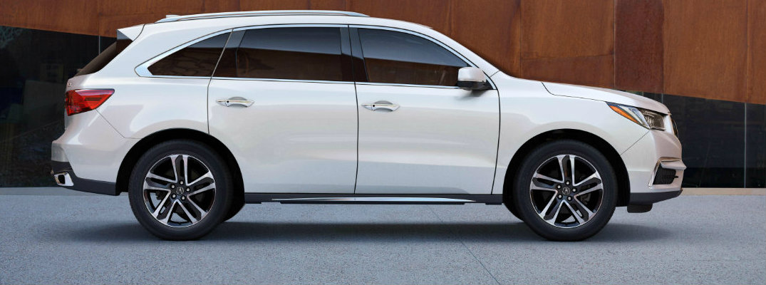 Profile view of white 2018 Acura MDX