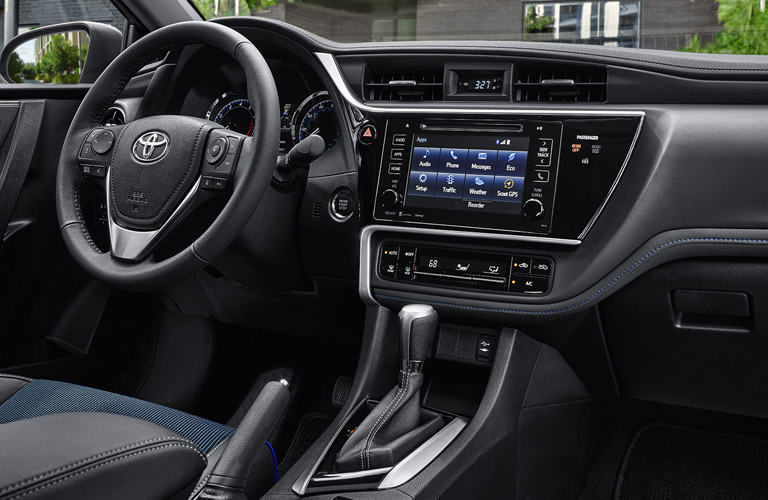 2017 Toyota Corolla Interior Design And Touchscreen Sound