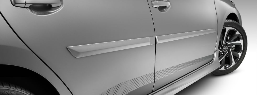 A close up photo of the side of the 2018 Toyota Corolla iM