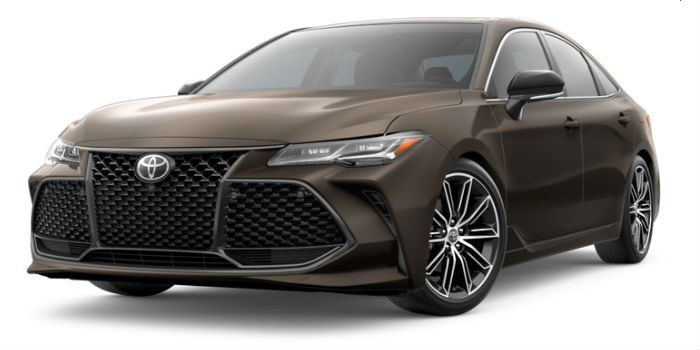 A front left quarter photo of the 2019 Toyota Avalon in Brownstone.