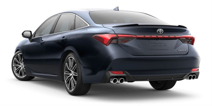 A rear left quarter photo of the 2019 Avalon in Parisian Night Pearl.
