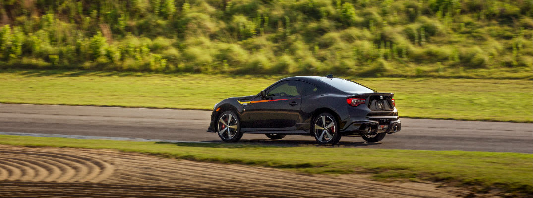 A left profile photo of the 2019 Toyota 86 TRD Special Edition going around a test track.
