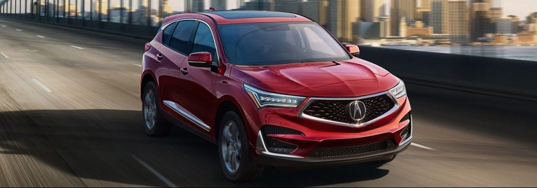 What features come standard with the 2019 Acura RDX?