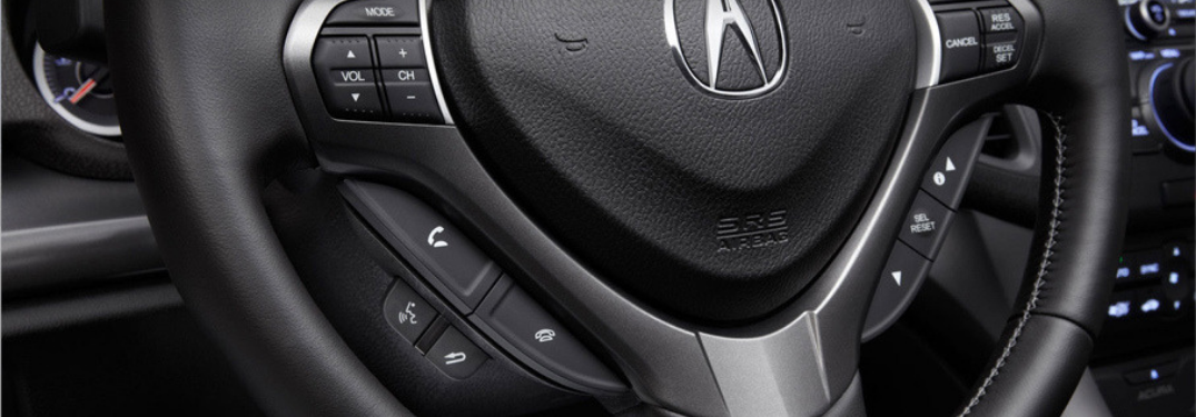 Acura steering wheel mounted controls for making phone calls