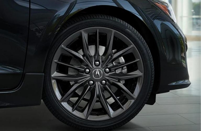 The wheel of the 2022 Acura ILX.