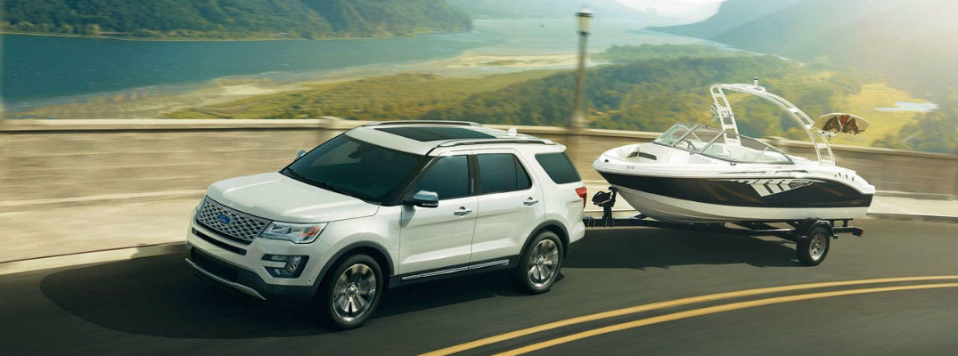2017 Ford Explorer towing capacity and engine specs