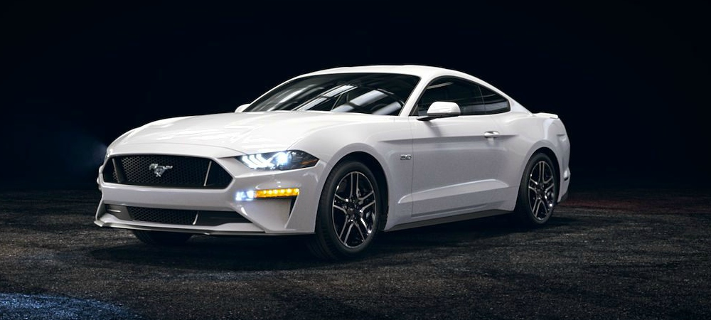 2018-Ford-Mustang-Oxford-White-front-side-view_o - Kovatch Ford