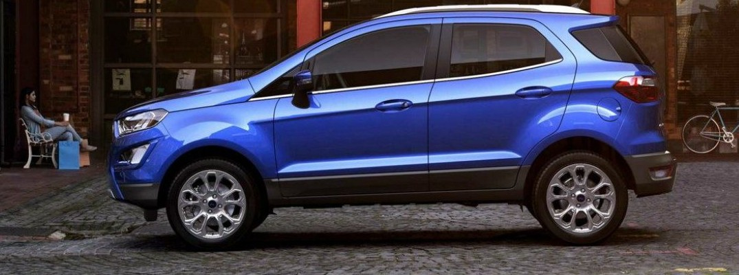 Blue 2019 Ford EcoSport parked at market