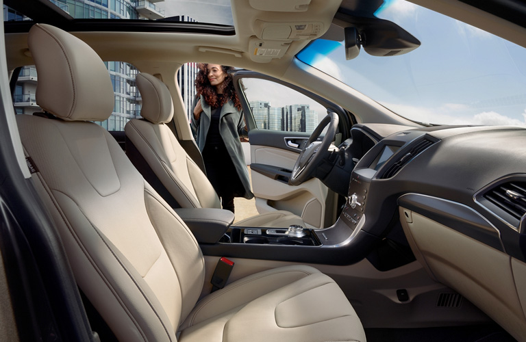 2020 Ford Edge front seating
