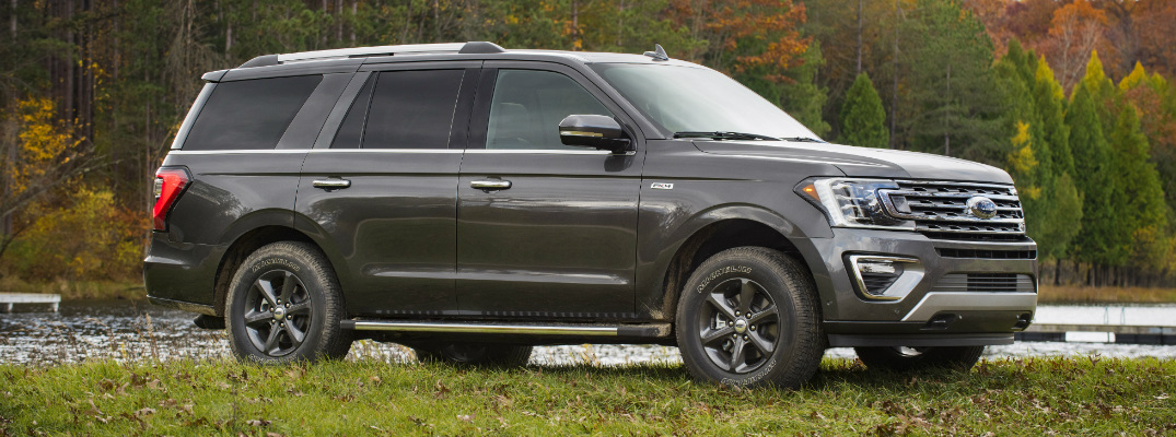 What features does the 2020 Ford Expedition FX4 Off-Road Package offer?