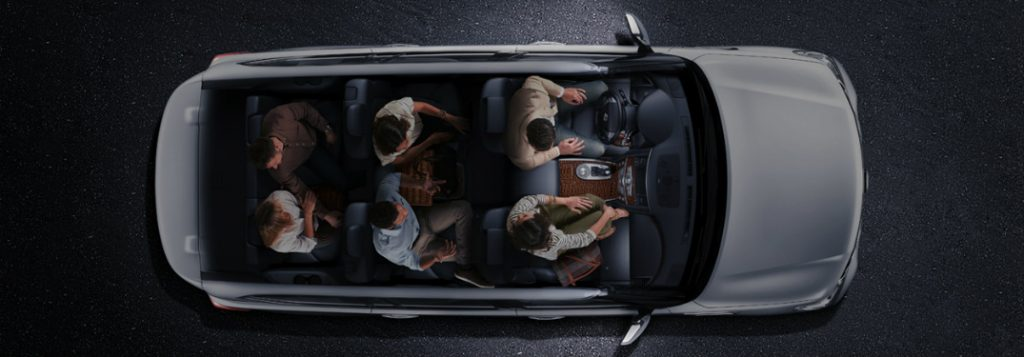 How many seats does the 2017 Nissan Armada have?