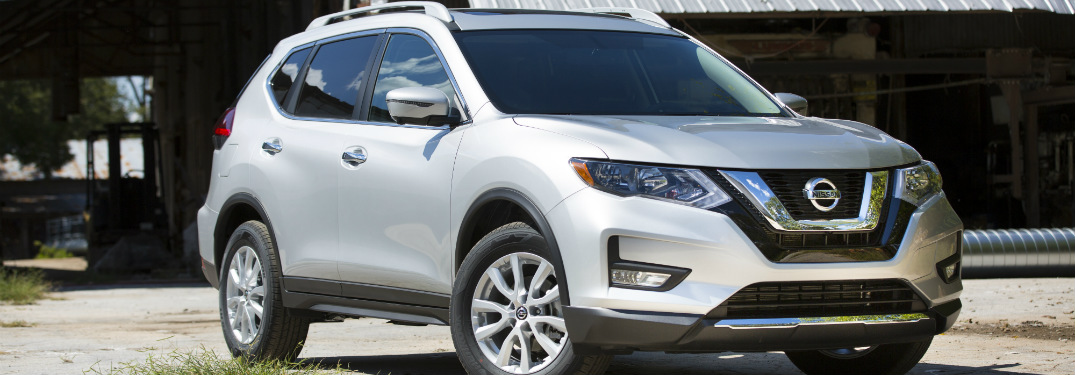 silver 2018 Nissan Rogue front side view
