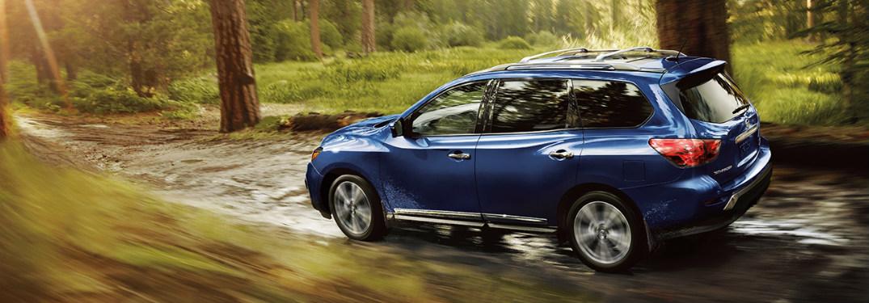 blue 2018 Nissan Pathfinder side view