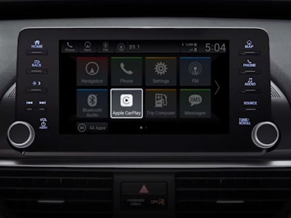 clicking the apple carplay icon in 2018 honda accord on dispaly audio touchscreen