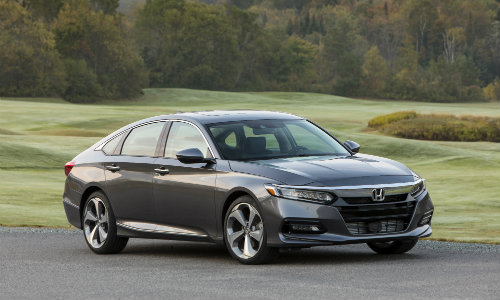2018 Honda Accord Touring in grassy field