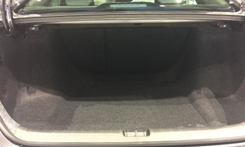 2019 Honda Accord Chicago Auto Show open trunk