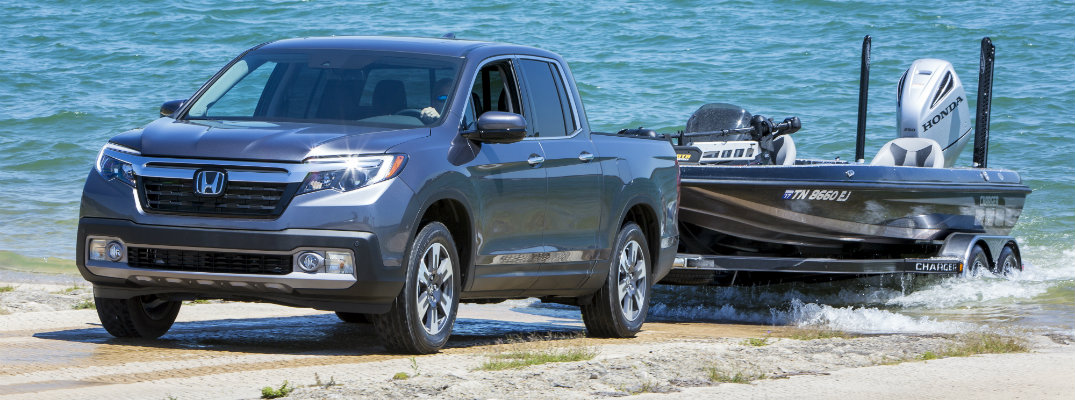 How Does the 2019 Honda Ridgeline Compare to the Competition?