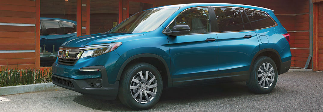 2020 Honda Pilot in blue