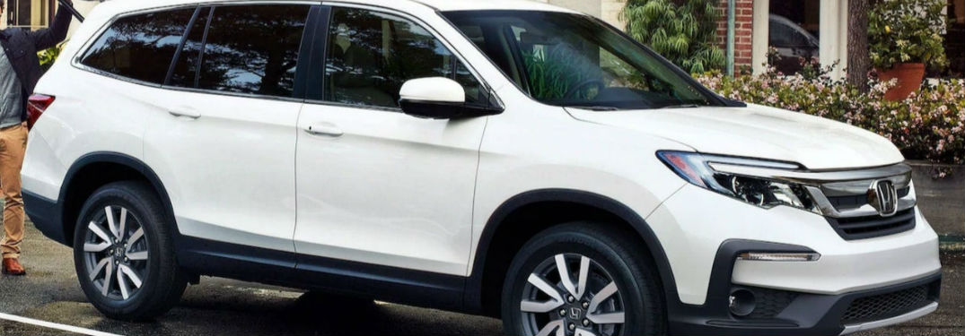 2021 Honda Pilot in white