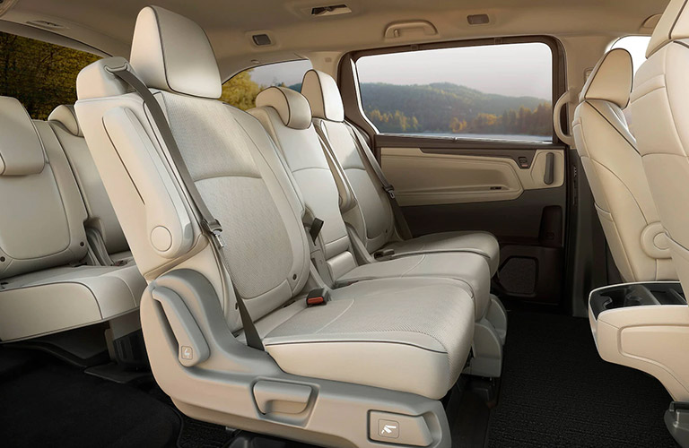 2021 Honda Odyssey seating