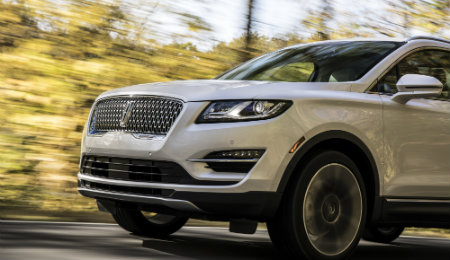 2019 Lincoln MKC exterior view front grille