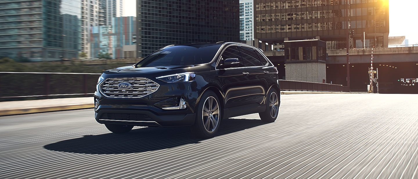 2019 Ford Edge Agate Black on road