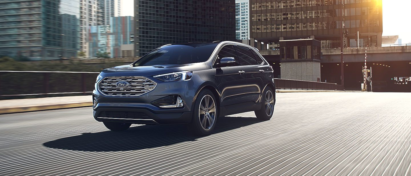 2019 Ford Edge Magnetic on road